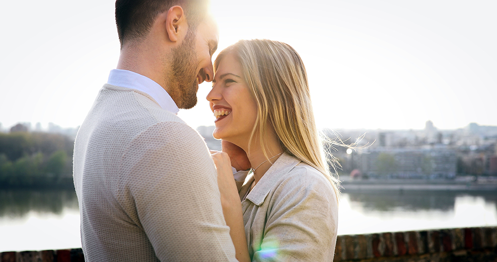 serious dating sites people in love